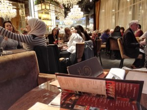 Caffe Concerto : people seemed happy